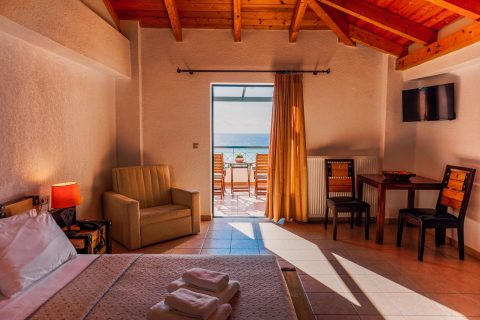 Room with Sea View in Kyparissia | Natura Club & Spa