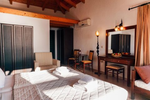Δωμάτιο στην Κυπαρισσία με Θέα Θάλασσα