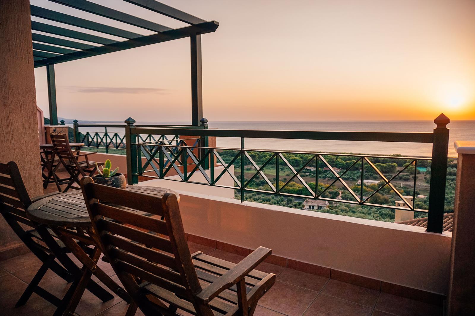 Σουίτα με Θέα στη Θάλασσα Κυπαρισσία | Natura Club & Spa
