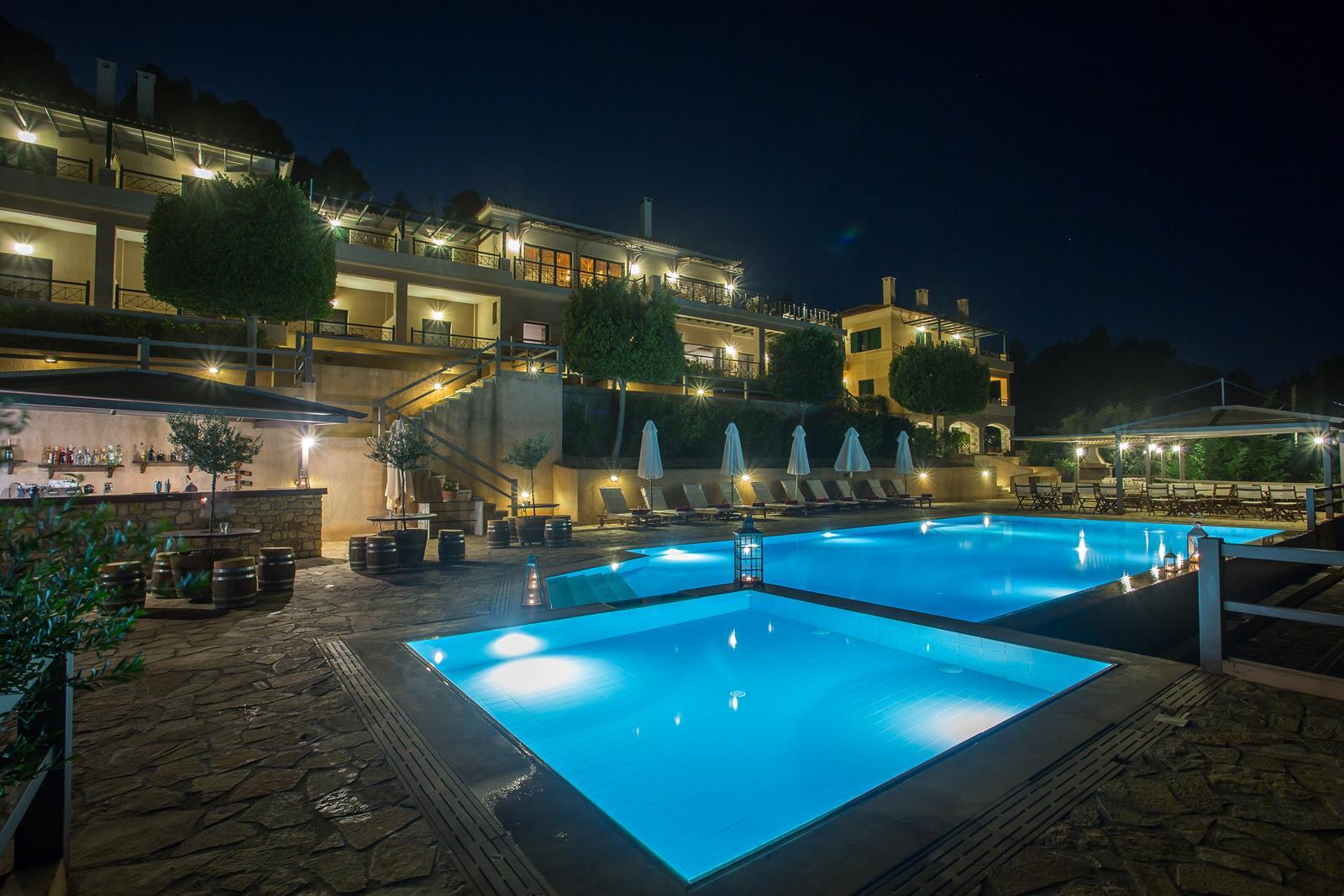 ξενοδοχειο κυπαρισσια με πισίνα - Natura Club & Spa